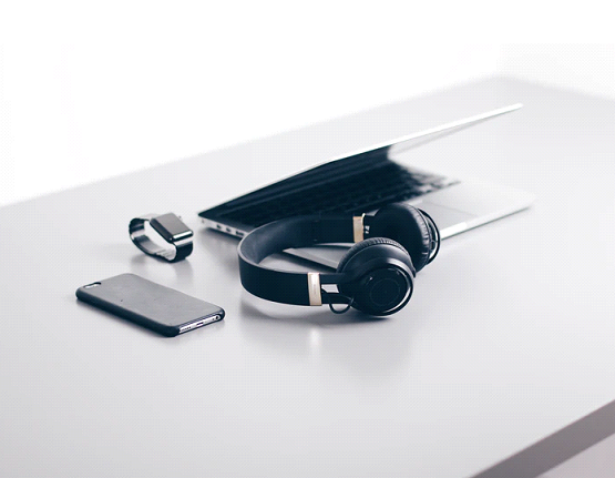 earphone and other gadgets